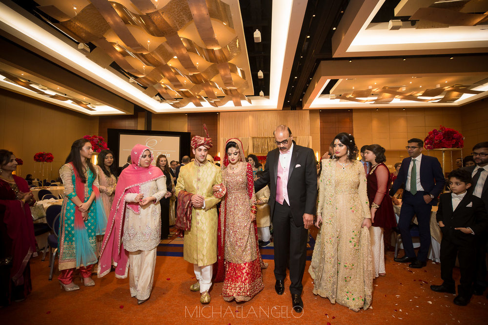 2017122300035Edmonton-Virginia-Baltimore-Photographer-Weddings-Zain-&-Aisha-Wedding-Day9707.jpgMaryland-Virginia-Pakistani-Wedding-Photographer