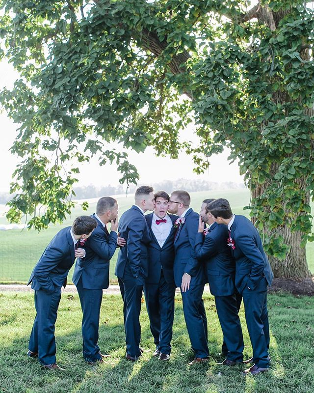 Happy December! These groomsman had some serious bromance going on and it was hilarious to photograph.