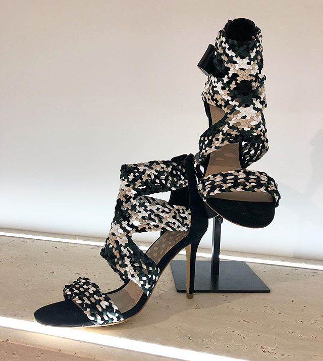 Open-toe season for just a little longer @sandroparis  #blackandwhite #shoes #heels #sandro #torontoshopping