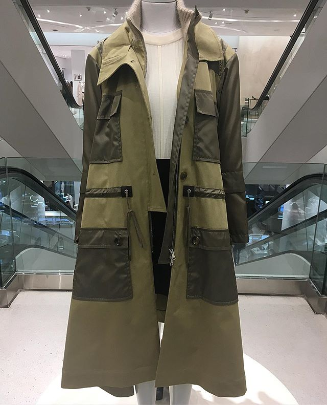Exercise in utility @chloe  #armygreen #trenchcoat #chloe #torontoshopping