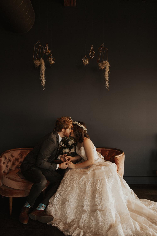 Rob + Catherine                           Modern Wedding