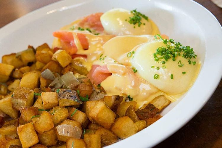 Pictured: Smoked Salmon & Avocado Benedict PC: @thefoodie.tographer