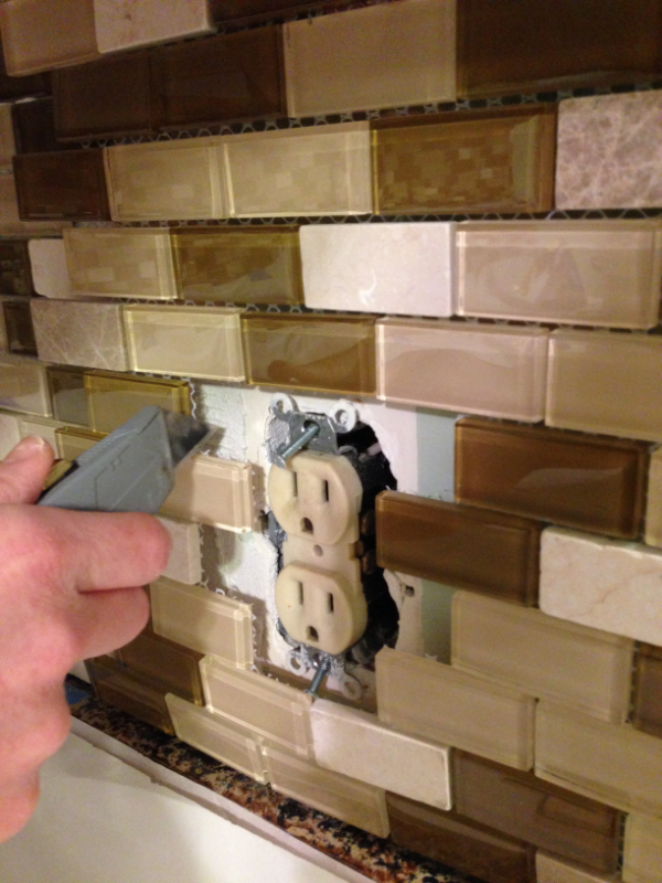 Backsplash-socket