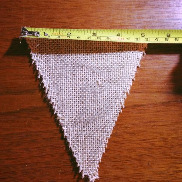 measuring burlap banner