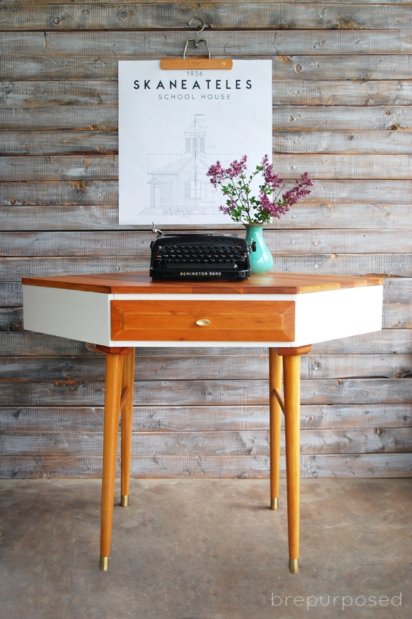 Midcentury Modern Corner Table Makeover