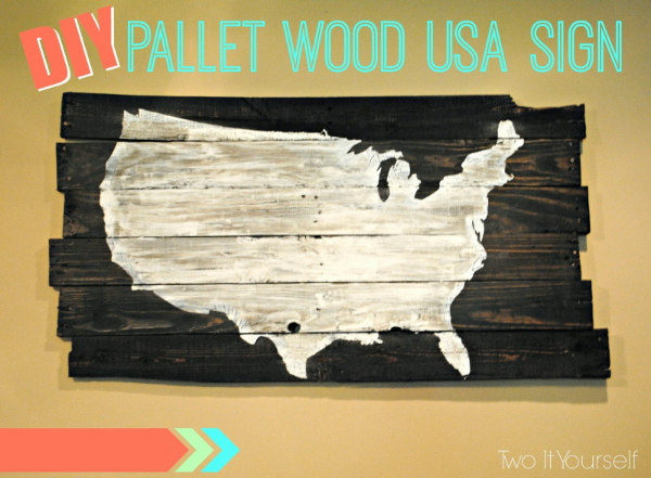 DIY Pallet Wood USA Sign