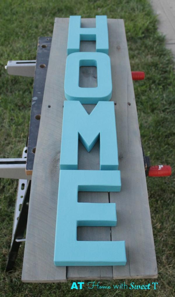 Home Pallet Sign
