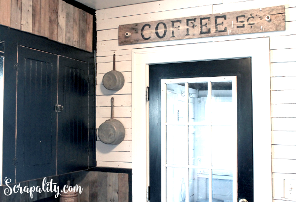 Coffee Pallet sign