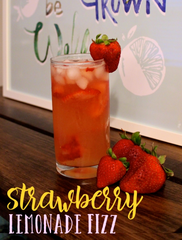 Strawberry Lemonade Fizz Recipe