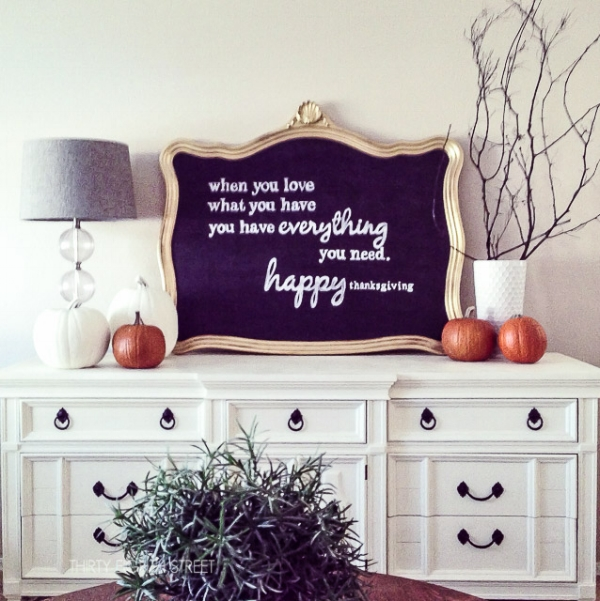 DIY Fall Chalkboard Sign