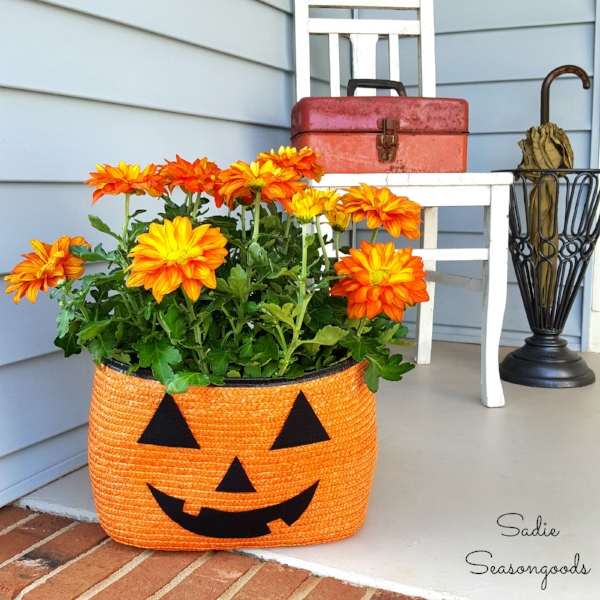 Tote bag pumpkin planter