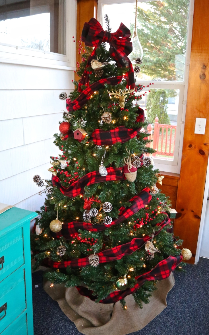 buffalo check plaid christmas tree - Red And Black Plaid Christmas Decor