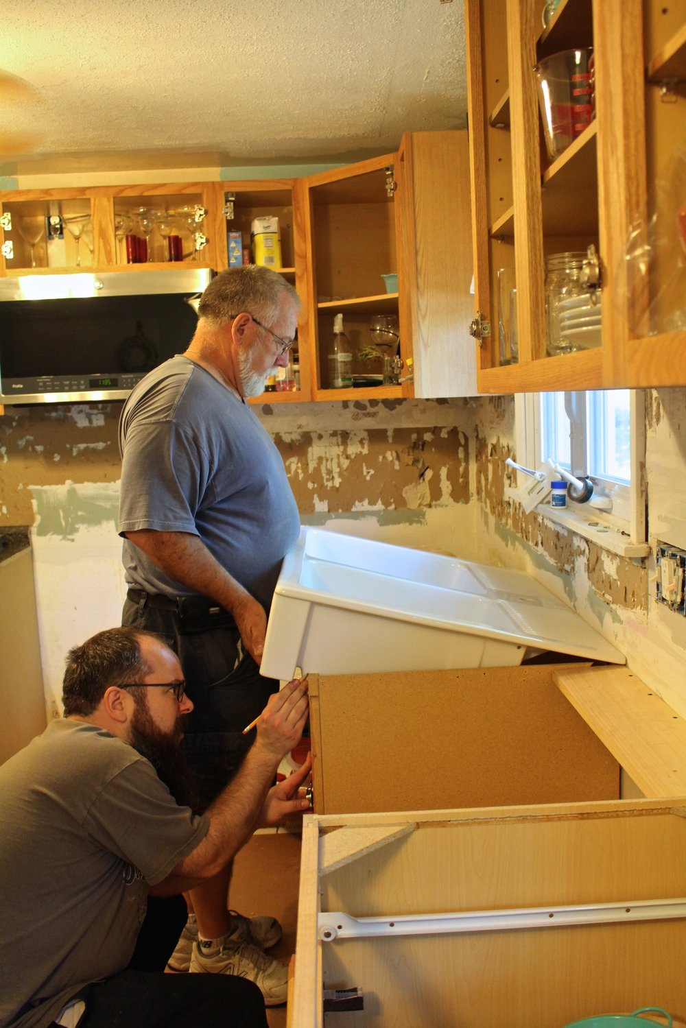 installing the ikea farmhouse sink