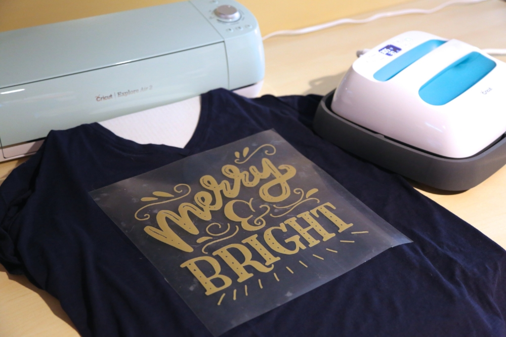 Merry and Bright DIY Tshirt