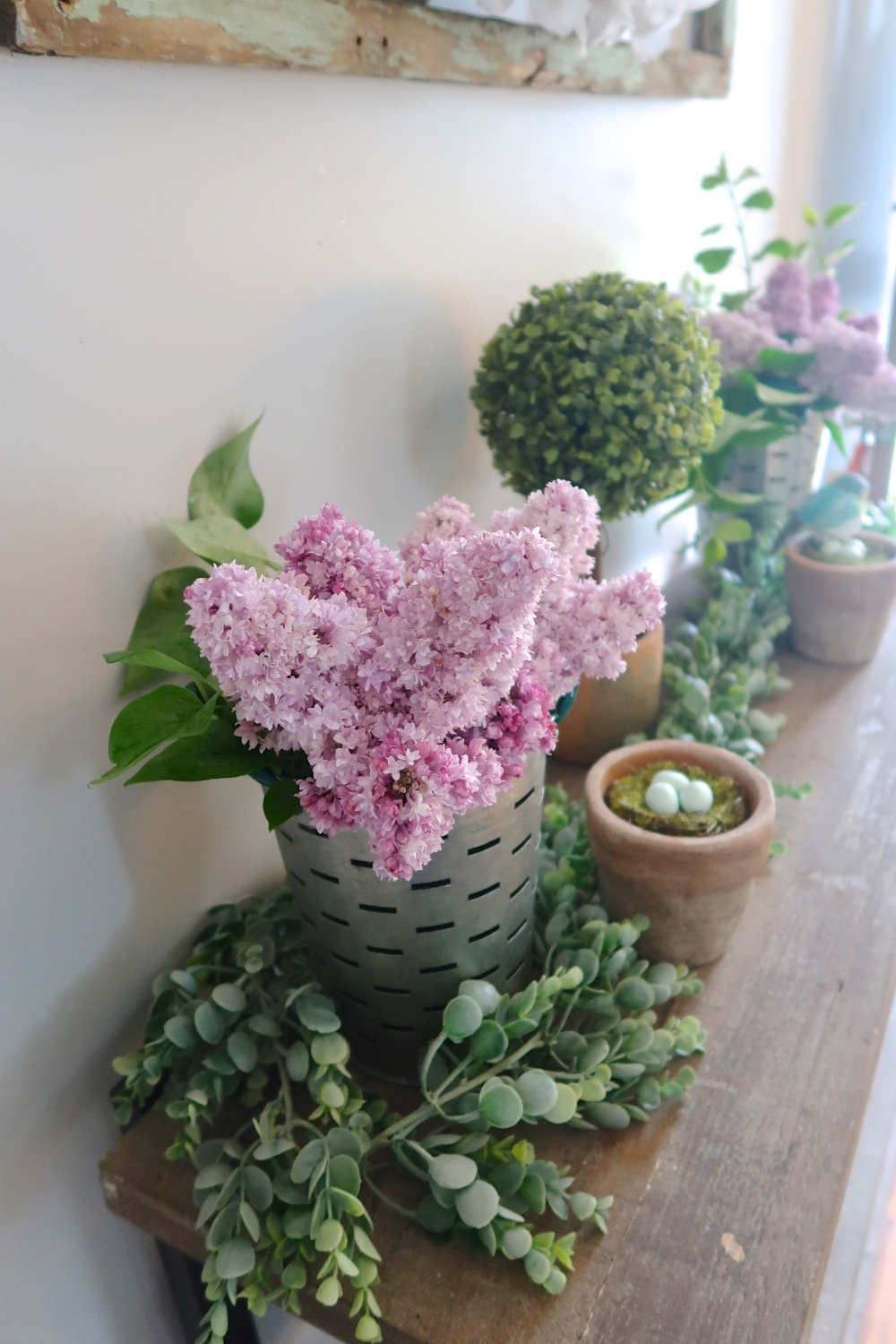 Lilacs and olive baskets