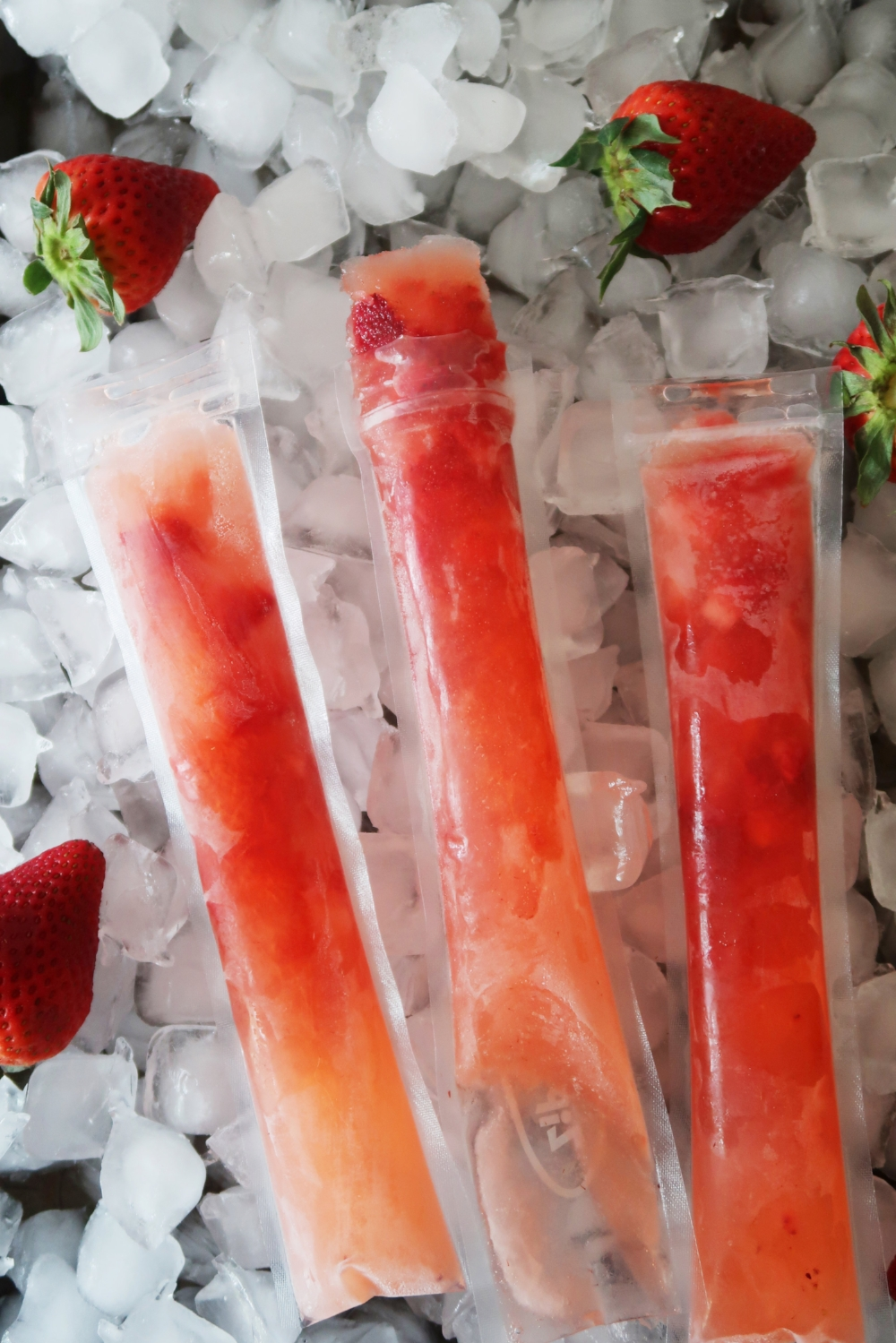 Strawberry Lemonade Vodka Freeze Pops
