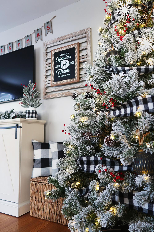 Mason Jar Christmas Tree 3