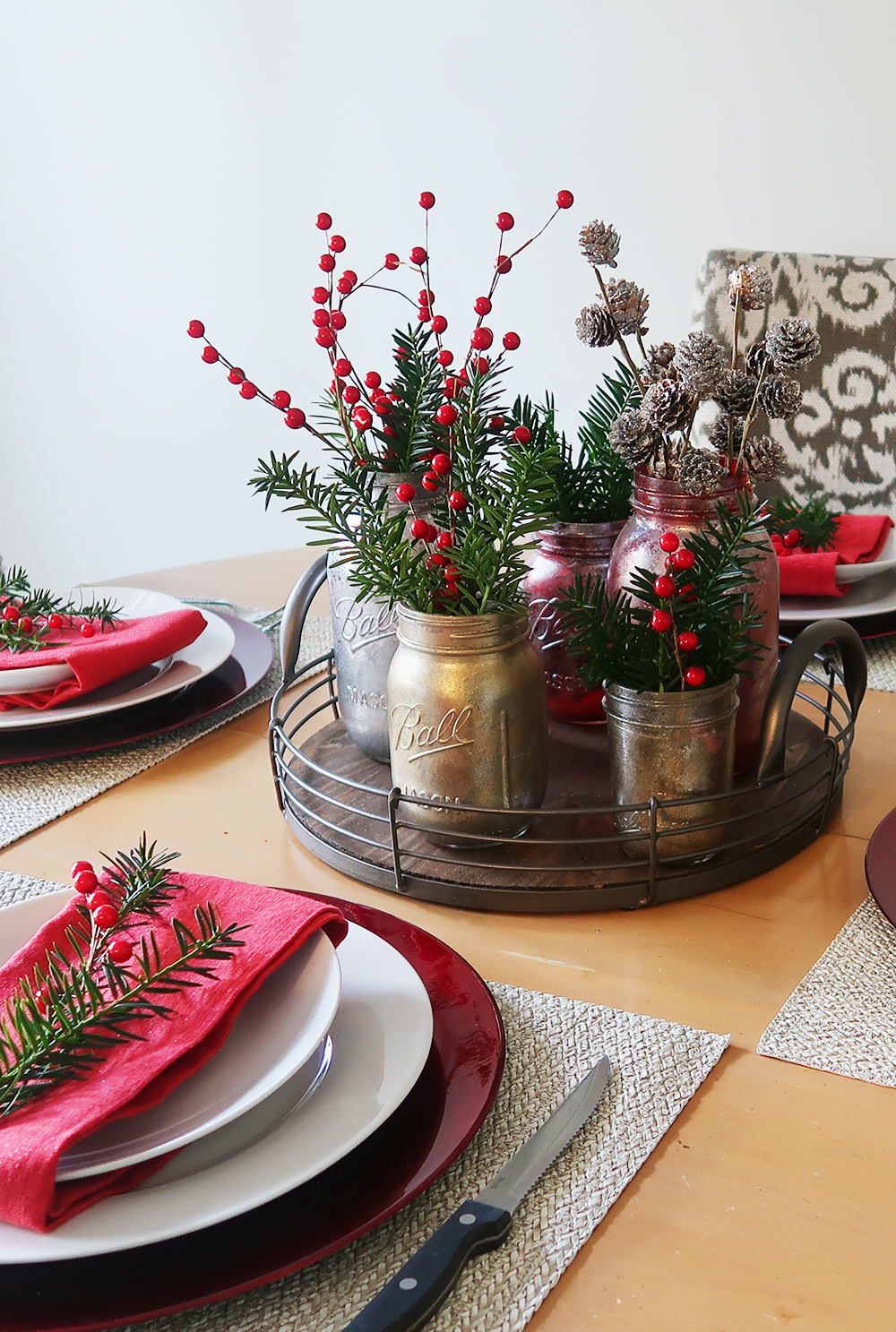 Christmas Table Setting and Decor 1