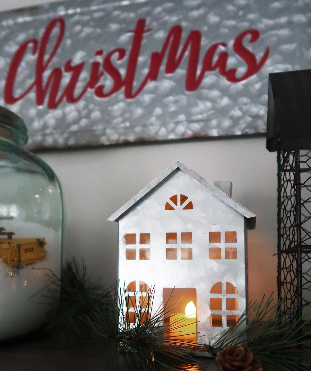 Christmas Floating Shelves 5