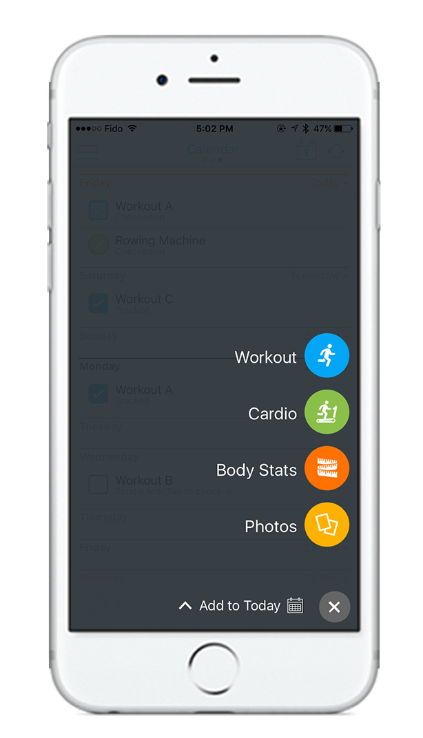 Track every single training session online or on your smartphone in the gym. -