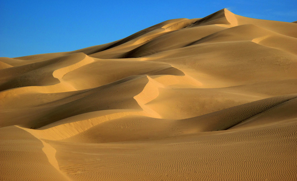 dunes2c.jpg