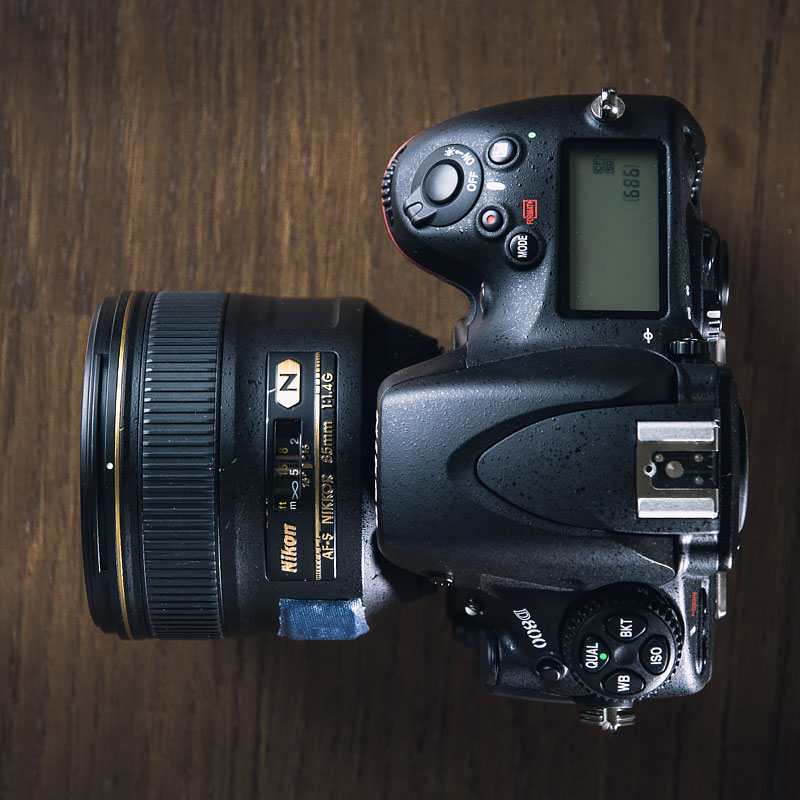 Nikon D800 with 85mm - top