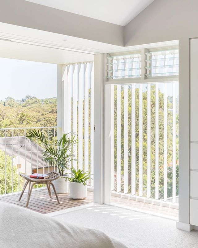 The B House enjoying morning sun ☀️ The louvres are adjustable to control light and privacy.  Photo by @_katlu  #marstonarchitects #sydneyarchitecture #sydneyresidentialarchitecture #residentialarchitecture #australianarchitecture #louvres #houses