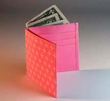 ARTOMATIC Pink wallet .JPG