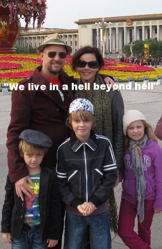 the Maslin children; passengers on Malaysia Airlines Flight MH17 .