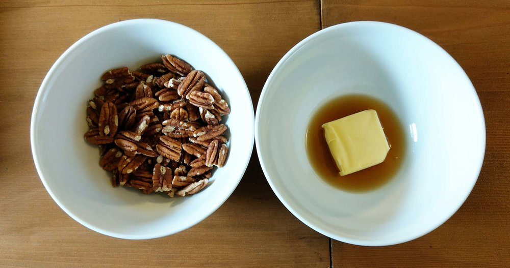 How to make maple salted pecans snack