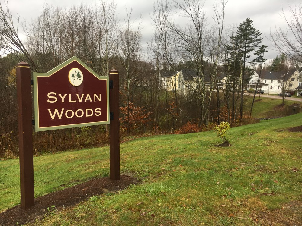 Sylvan Woods sign.JPG