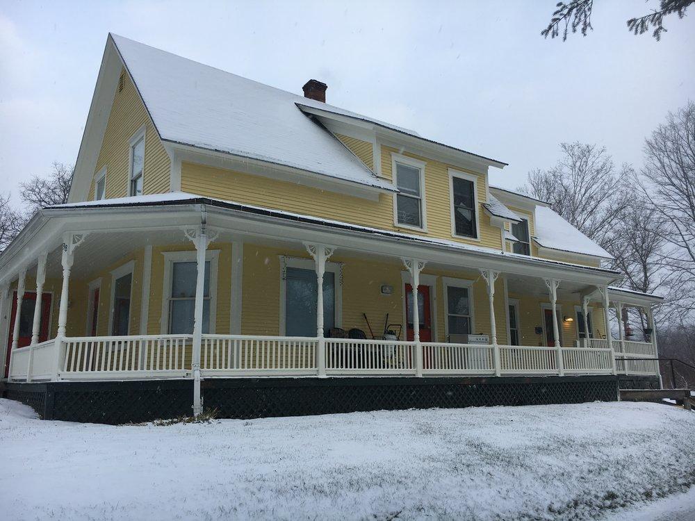 Exterior2_SNOW.JPG