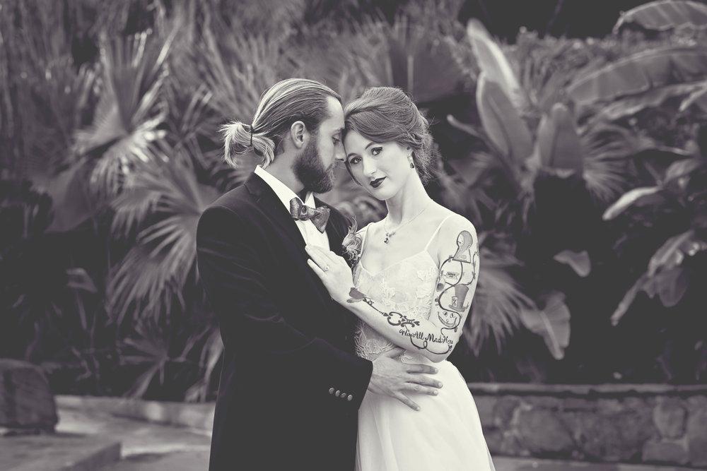 houston-wedding-photographer-photography-offbeat-alternative-tattoo-photo.jpeg