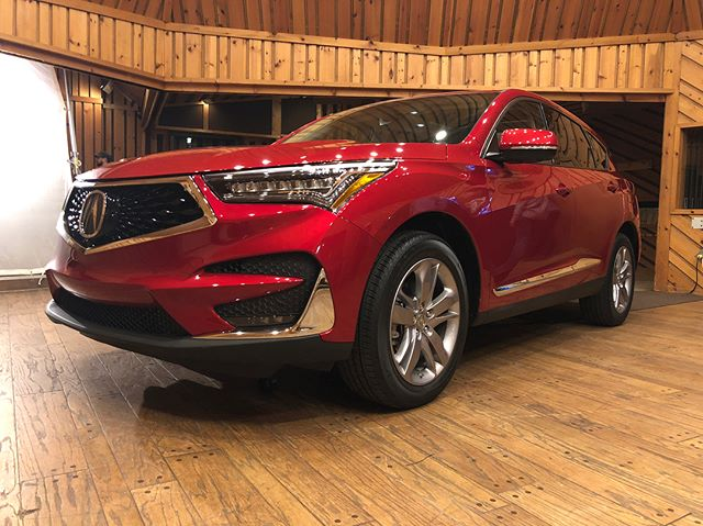 Recently got a chance to check out an amazing sound system in the 2019 Acura RDX thanks to @panaauto, @els_studio_premium_audio, and @acura! Check out the live stream on Panasonic's Facebook page! #ad #elsstudio3d
