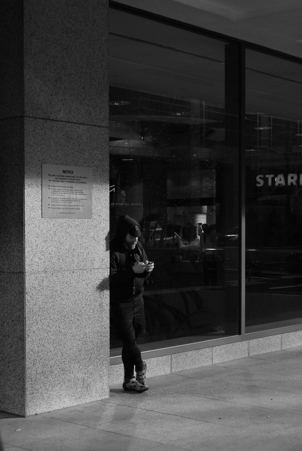 standing_by_47.jpg