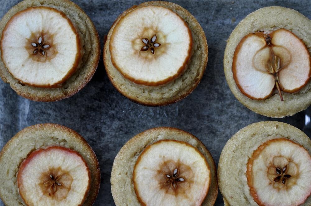apple cakes. yum!.jpg