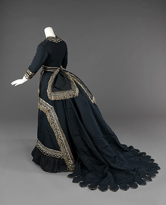 Half-mourning dress, 1872-74. From the Brooklyn Collection at the  Metropolitan Museum of Art .