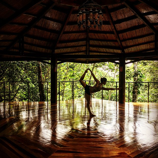 Morning Yoga at Nayara #honeymoon #hitchyourwagontoadragon