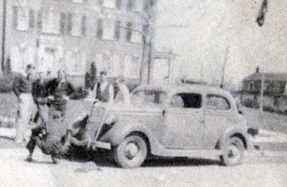 1938-7.jpg