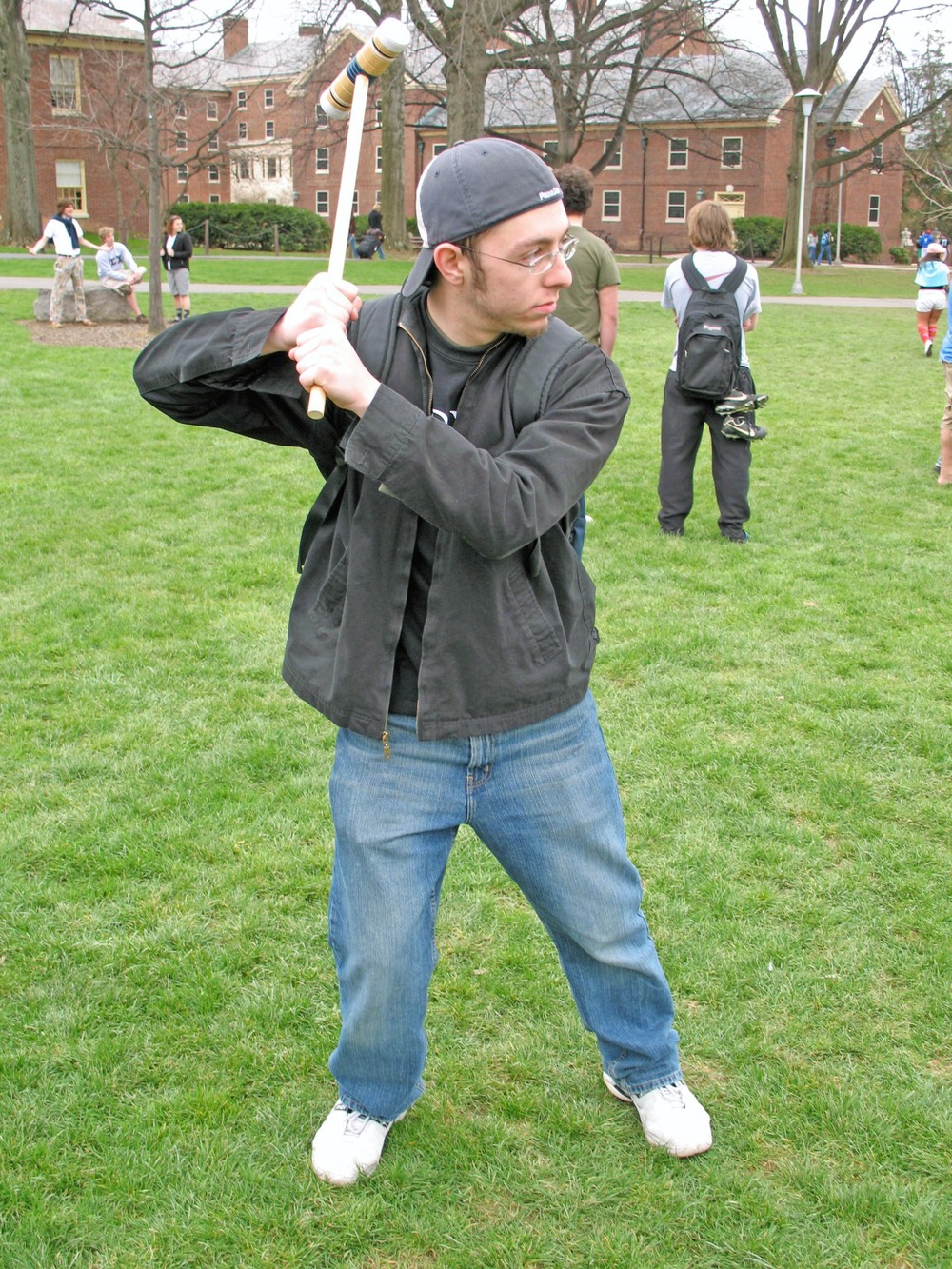 greekweek-apr-07-09.jpg