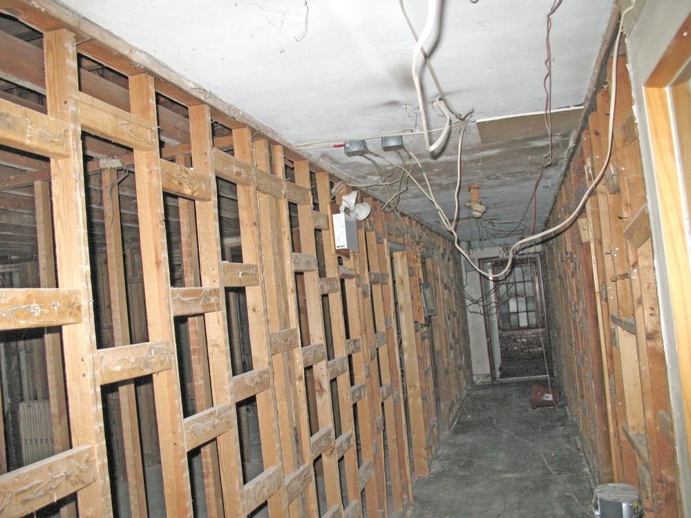 construction-spring02.jpg