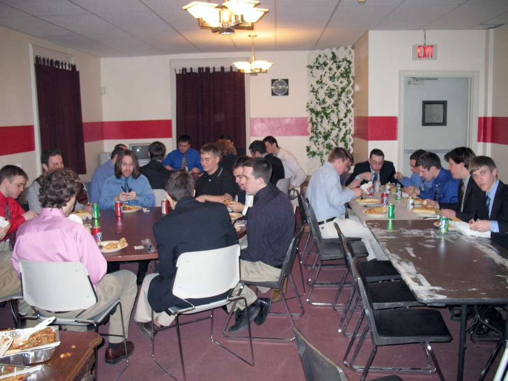 bid-dinner-feb-07-04.jpg