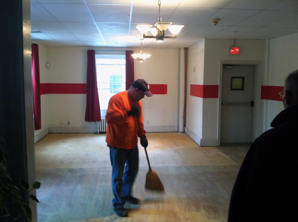 2013 Alumni Work Weekend - Pool Room Project