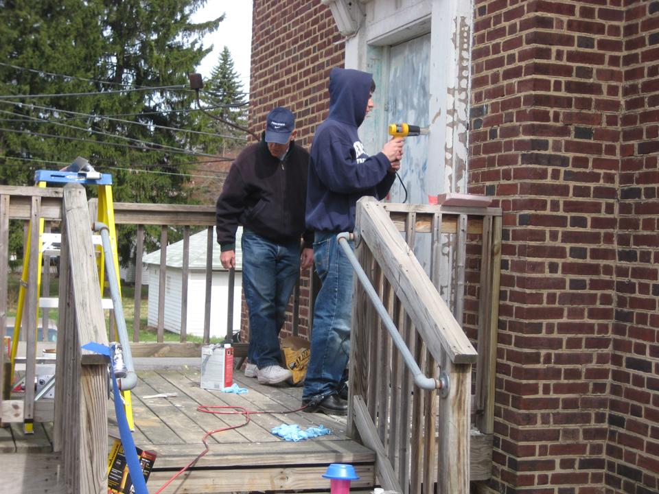 Richard Bartnik (L) and Matthew GendelmanAlumni Work Weekend