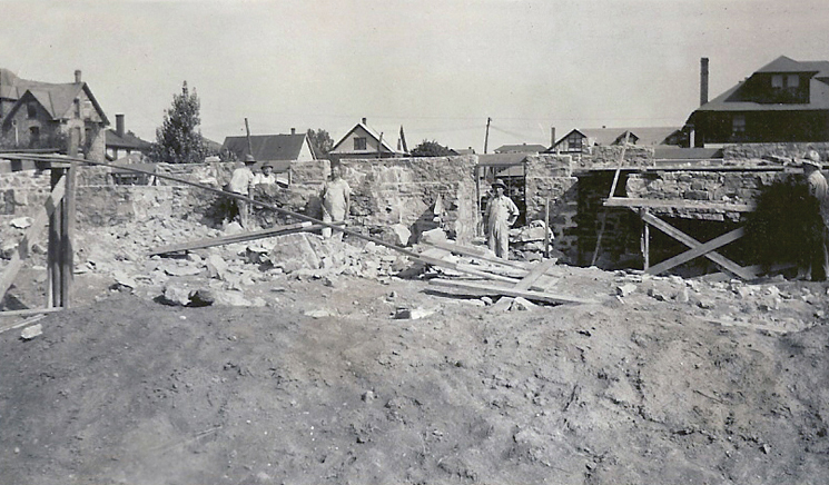 523 South Allen - ConstructionNew Theta Chi House at Penn Stateas it look on Sept. 30, 1929
