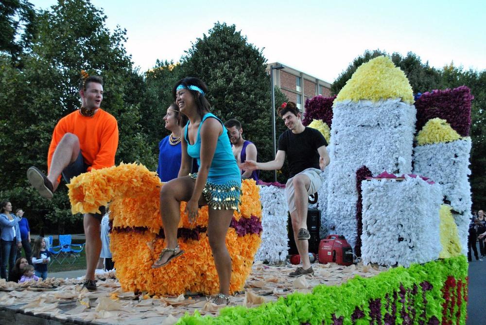Sean James, Christine Gerber, Raleighe Orszulak, Sam Kulp and Alejandro Buxo during the 2014 Homecoming Parade