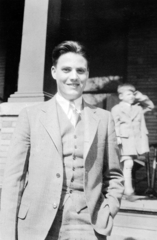 Robert B. Faries 1932