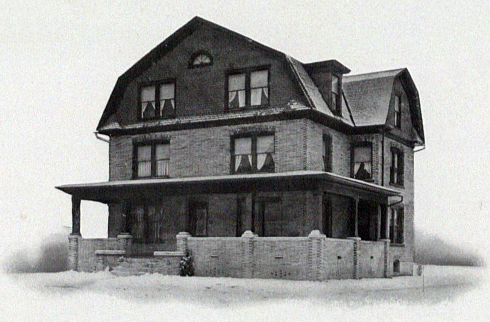 House in 1918LaVie