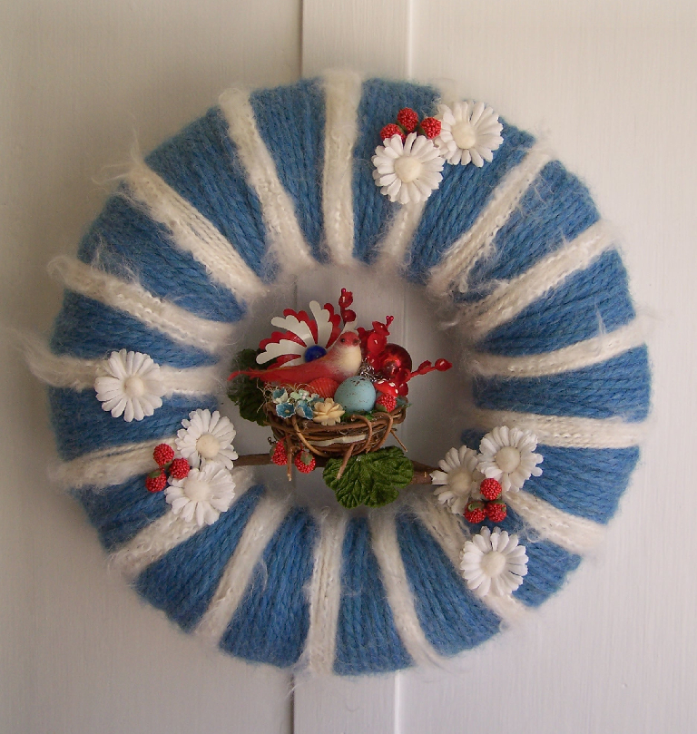Red, White & Blue Bird Yarn Wreath