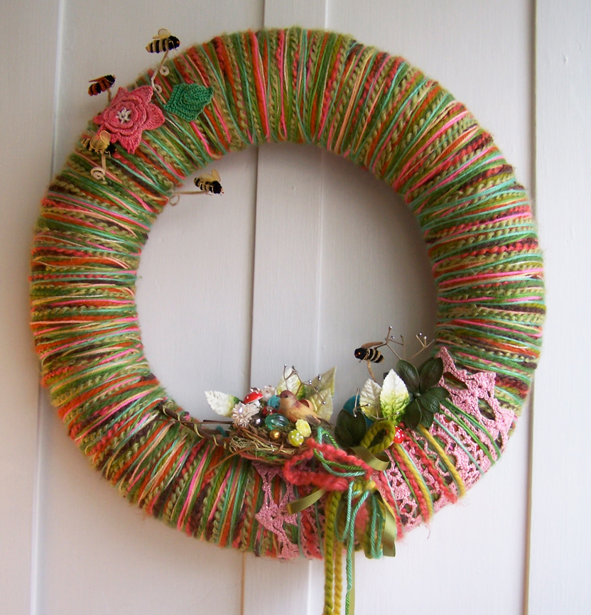 Birds & Bees Yarn Wreath